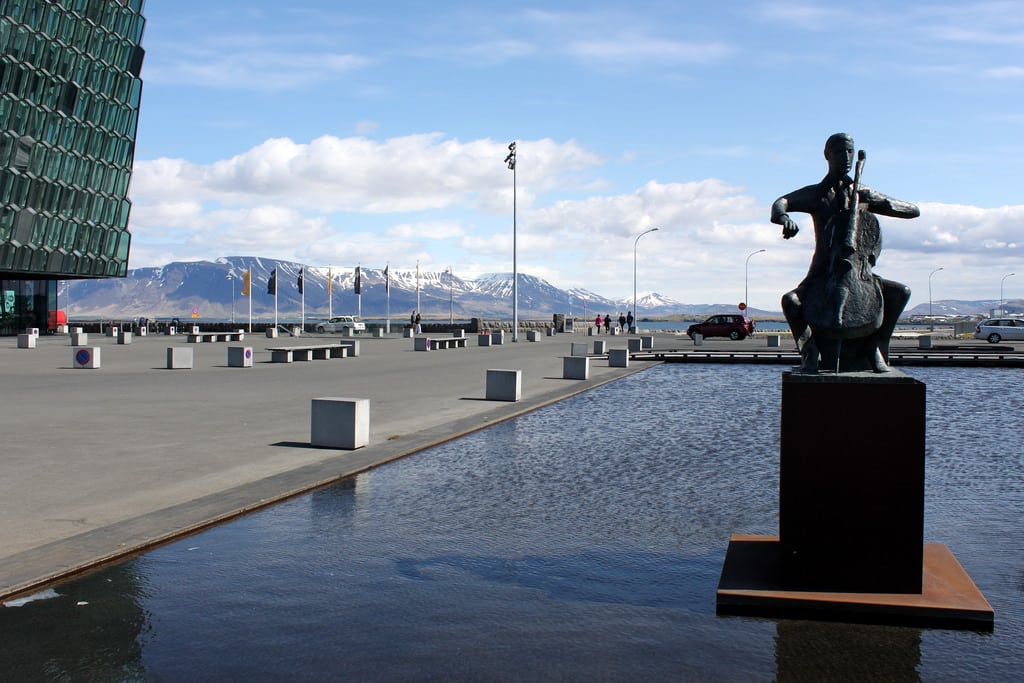 sculptures and statues in reykjavik